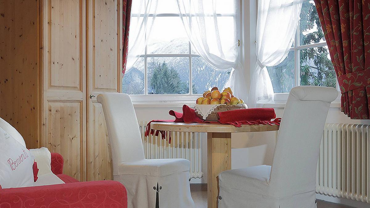 vacanza dolomiti suite rododendro hotel cavalese 3